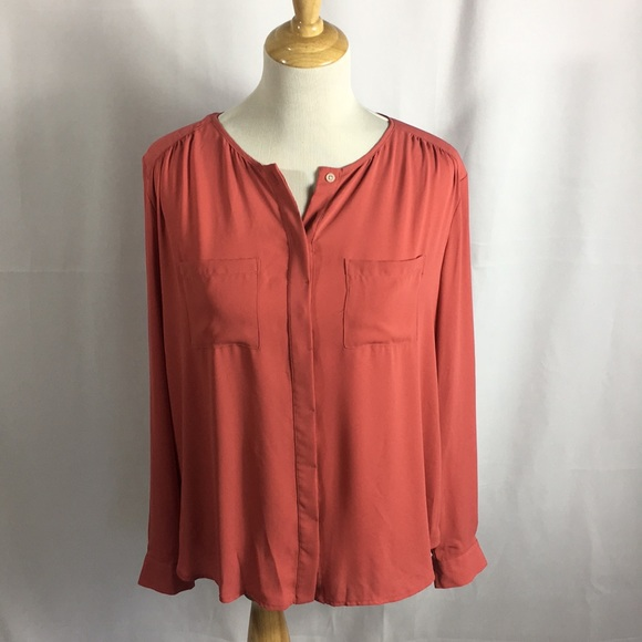 LOFT Tops - Loft long sleeve blouse M